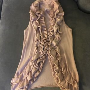 Light pink -vest cardigan with ruffle accentuation